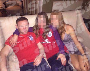 Ampun DJ..Wayne Rooney Teler, Goda Istri Orang, Ambruk di Atas Piano