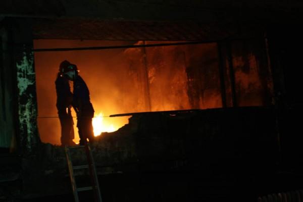Kebakaran Pasar Senen Menghanguskan 500 Kios